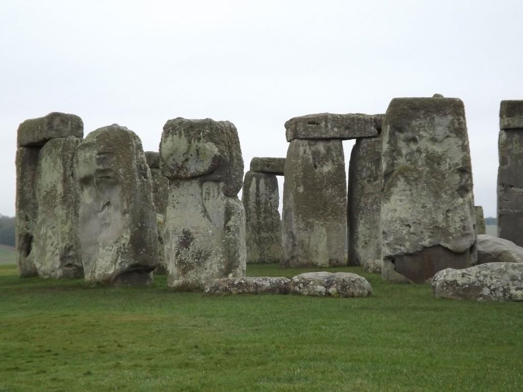 stonehenge-hidden-face.jpg