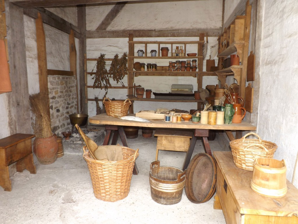 tudor-kitchen.jpg