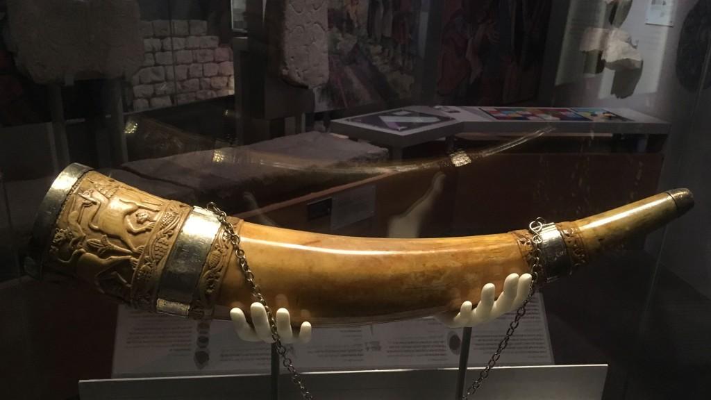 york-viking-horn.jpg